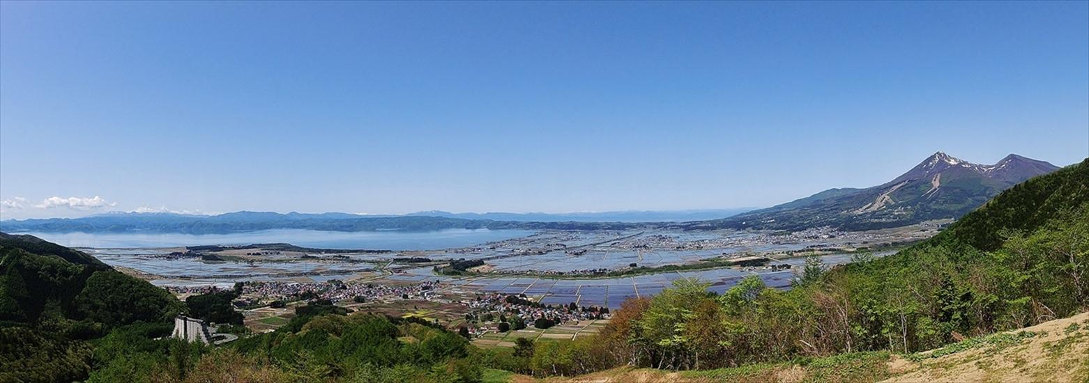 http://www.listel-inawashiro.jp/blog/20140519inawashiroko-panorama1.jpg
